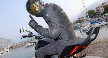 Jak vybrat helmu na motorku?