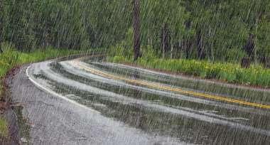 Jezdit se dá i v dešti, jen je potřeba se na to připravit